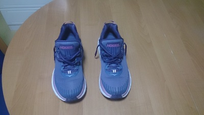 1-hoka one clifton 5.jpg