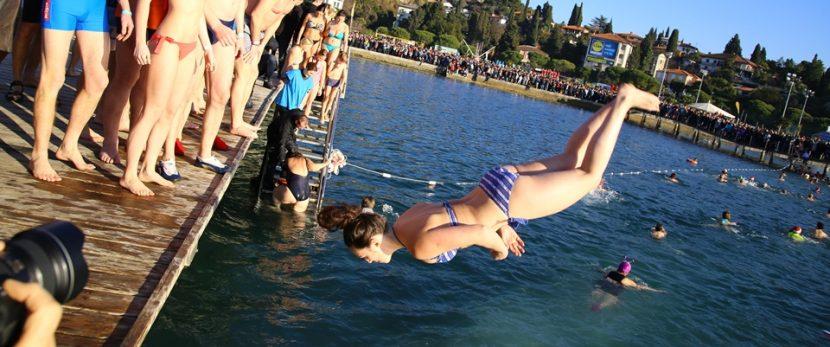 Boste na novega leta dan skočili v morje?