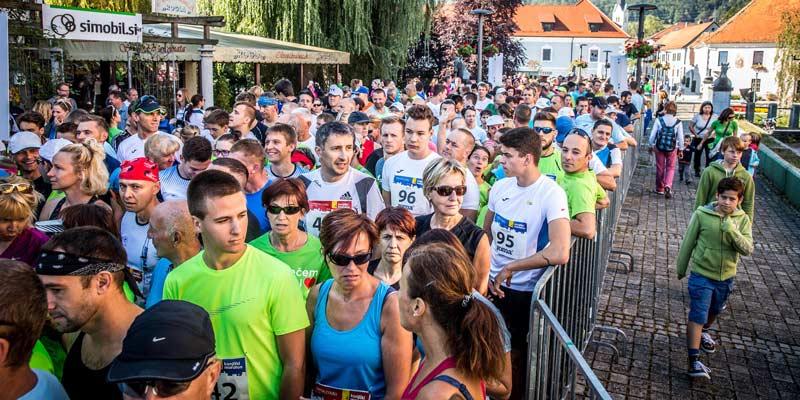 Konjiški maraton: prejmite tekaško majčko JOMA ali izlet za 50 ljudi
